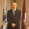 Dr. Roberto Cavali discursou, ressaltando o papel dos CDs homenageados.
