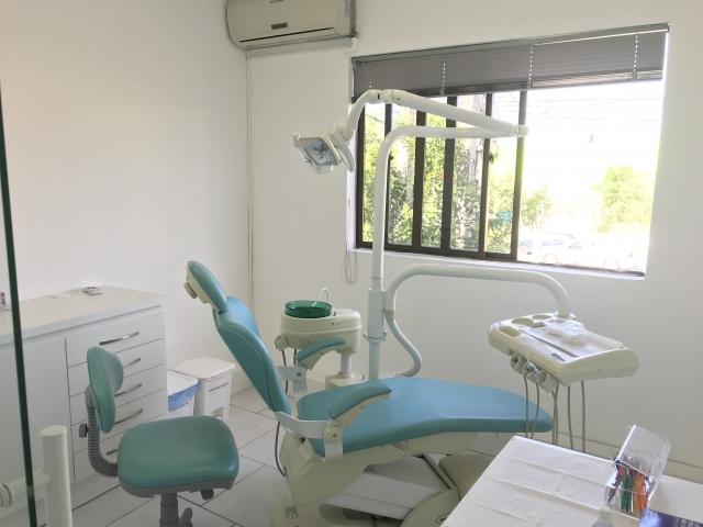 DESCRIÇÃO  Alugo por diária ou mensal sala dentro de clinica 564b80e6b013f